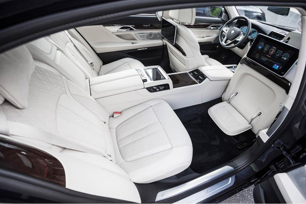 bmw 750 interior