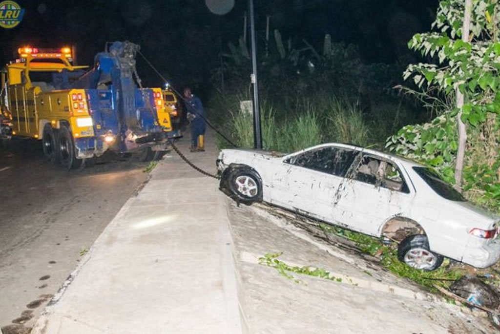 car plunges into canal