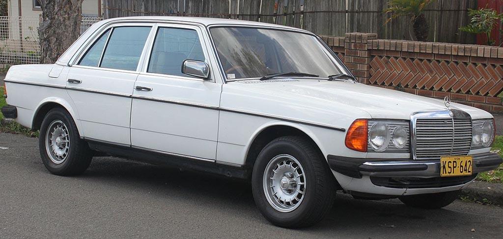 1983 Benz 230E W123