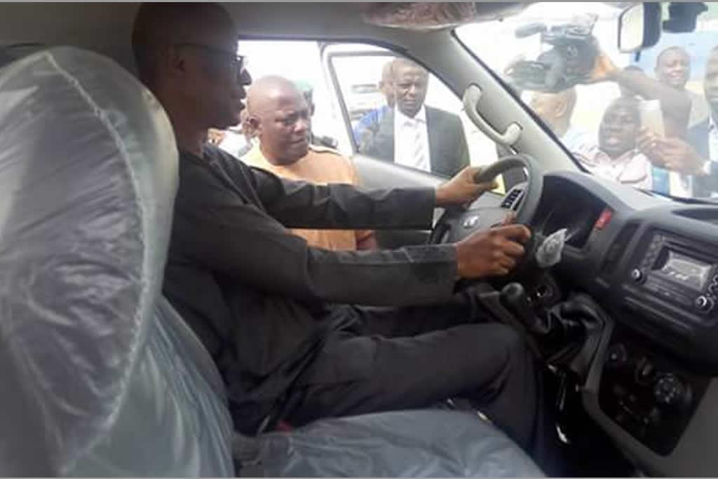 Nigerian-Minister-Driving-Innoson-Car