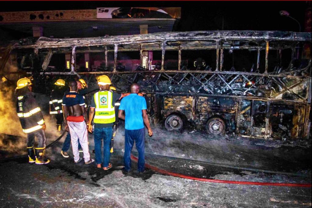 bus that got burnt in ikorodu lagos
