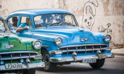 first American spec car to enter Cuba