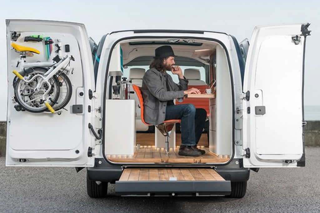 nissan-electric-mobile-office