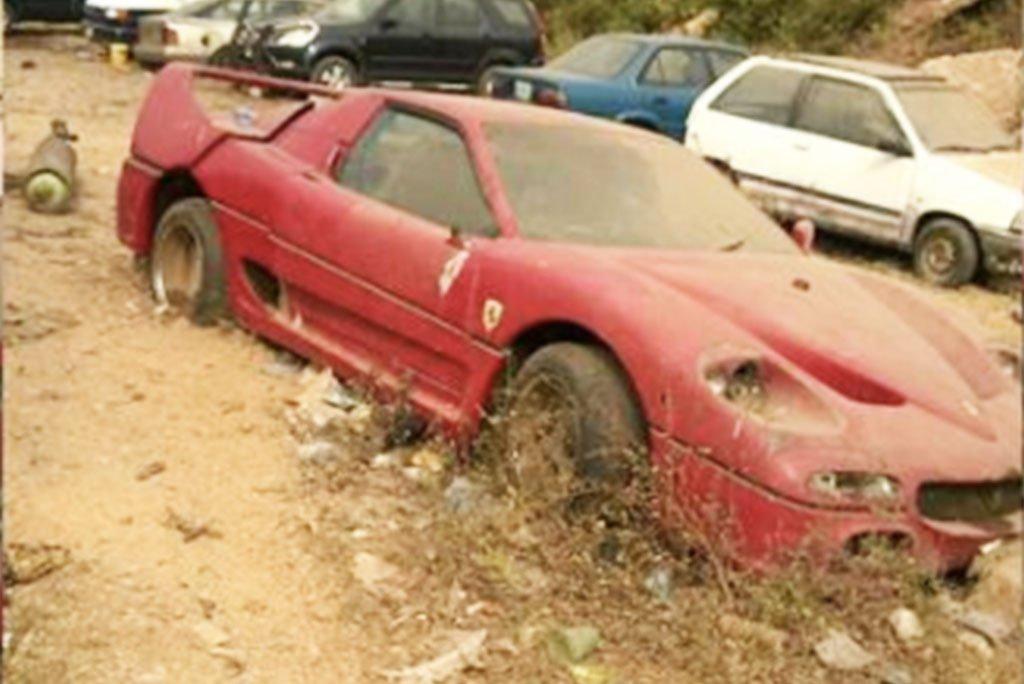 abandoned-ferrari-f50