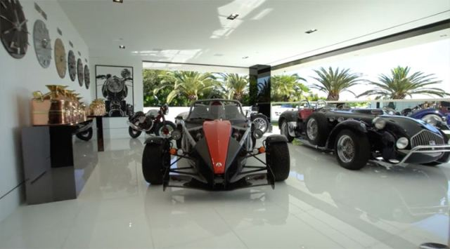 cars that comes with the most expensive house 6
