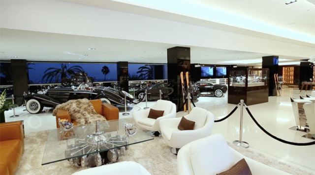 cars that comes with the most expensive house 8