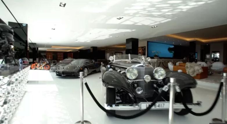 cars that comes with the most expensive house