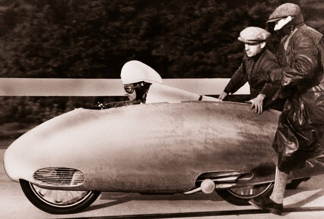 bmw-fastest-motorcycle