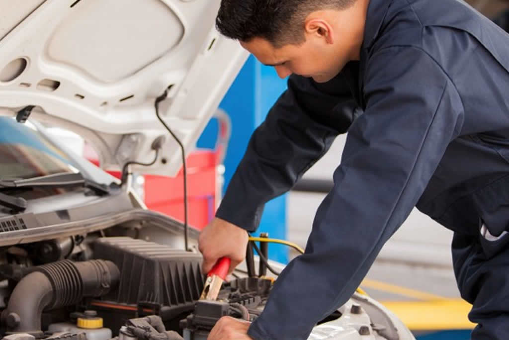 8-things-you-should-check-on-your-car-regularly