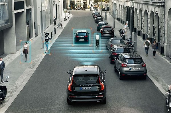 Volvo promises deathproof cars by 2020