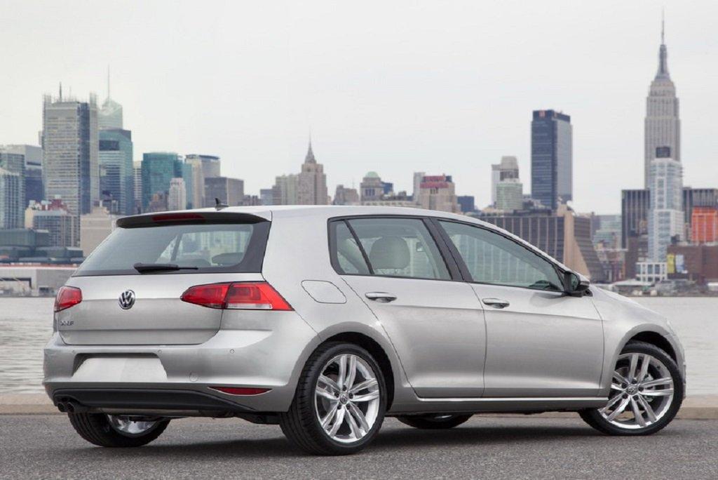 Volkswagen-Golf-2015 car