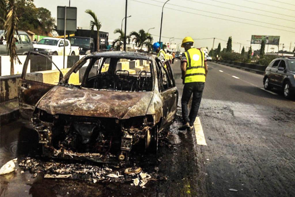 car-fire-in-alapere