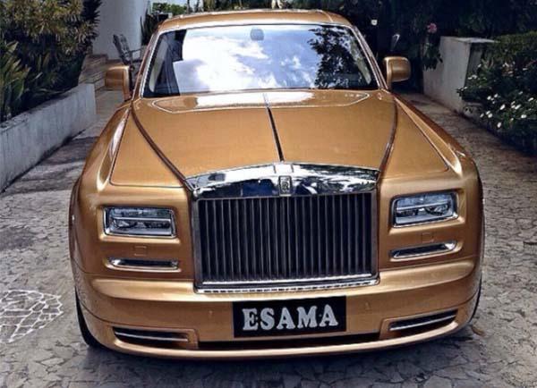 gold-rolls-royce-phantom