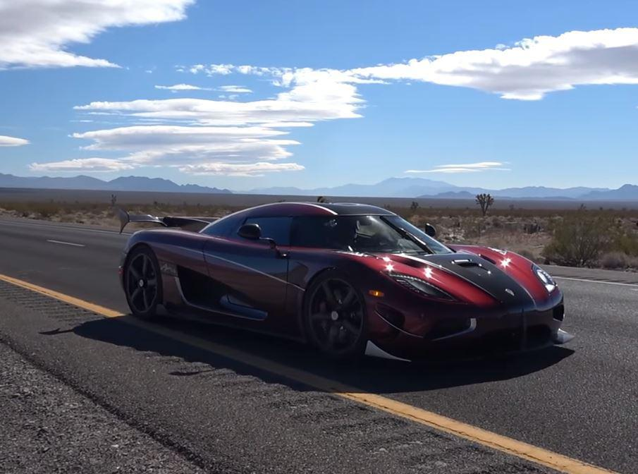 watch koenigsegg s agera rs become the world s fastest car with 284mph top speed autojosh. Black Bedroom Furniture Sets. Home Design Ideas