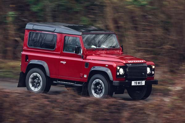 land-rover-defender-works-v8