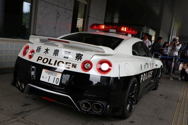 japan nissan gtr police car