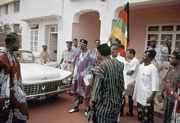 nnamdi azikiwe and his car in 1959