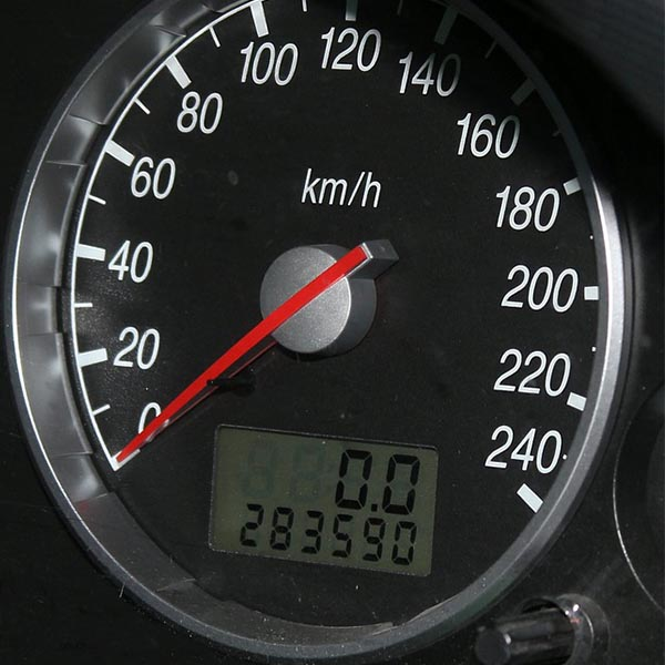 Car myth: Image showing the mileage of a car