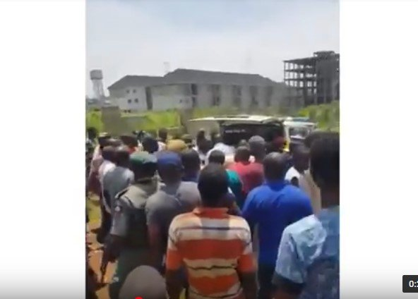 2 planes collide in abuja