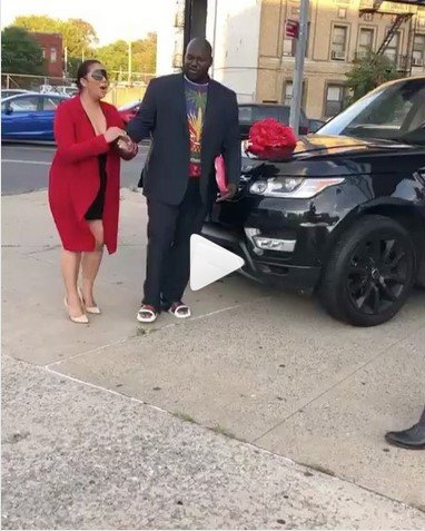lady rejects range rover