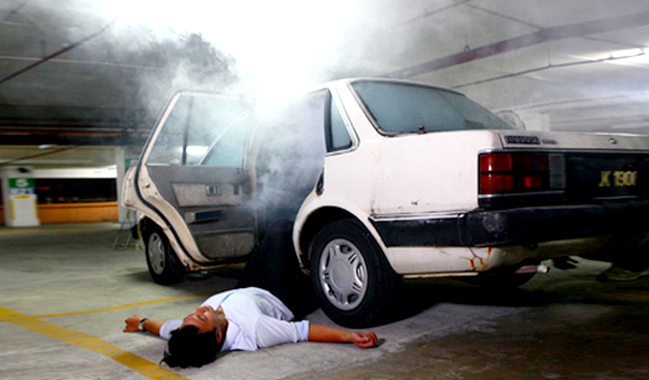 carbon monoxide poisoning in car