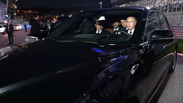 vladmir gives egyptian president ride