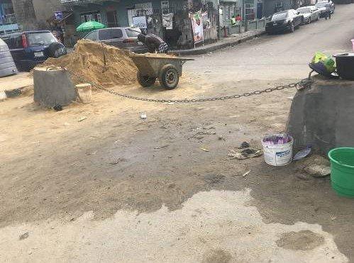 yaba road barricaded