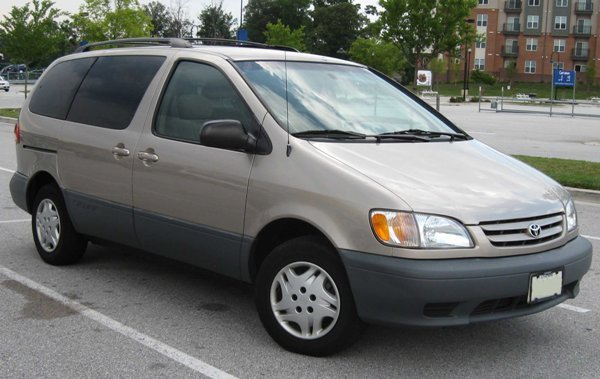 cars suitable for men. 2003 Toyota Sienna