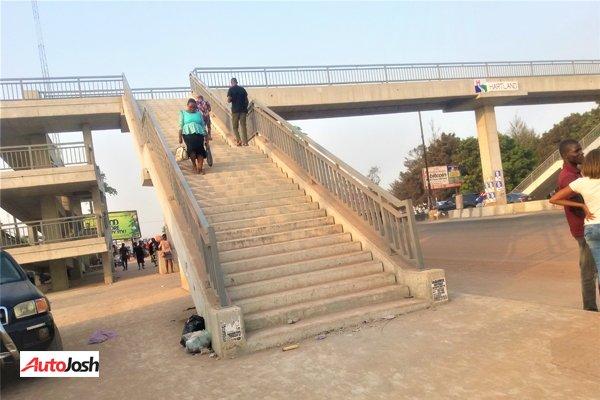 benin pedestrian bridge