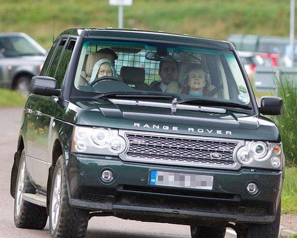 queen-elizabeth-94-opt-for-a-horse-ride-armoured-bentley-limo