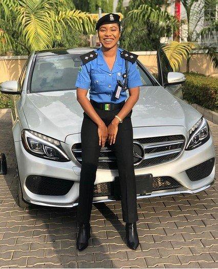 nigerian policewoman