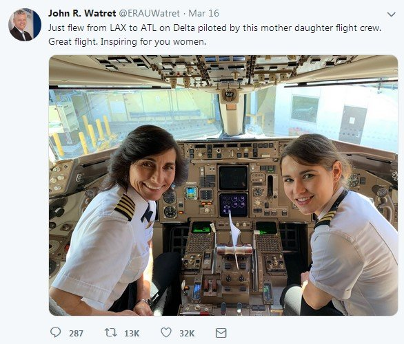mother daughter as pilots in same airline