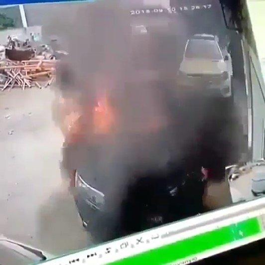 man toyota corolla fire