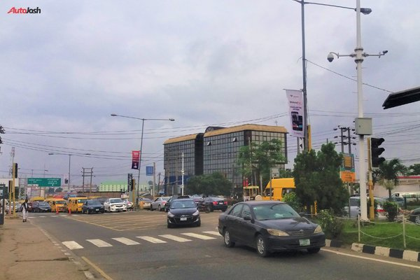 5 Reasons Why People Choose Not To Drive In Lagos.