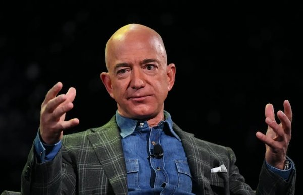 Billionaire Jeff Bezos, His Brother, Four Others Heading To Space On July 20 - autojosh