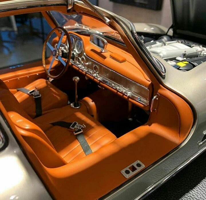 mercedes benz 300 sl gullwing model car