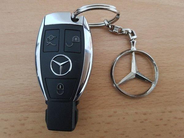 car feature - key fob