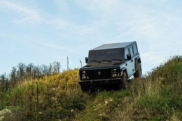 Bollinger-B1-SUV-B2-Pickup-Truck