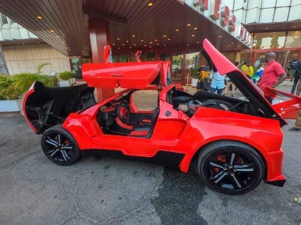 Nigerian-Unveils-Carbon-Fibre-Bennie-Purrie-Sports-Car