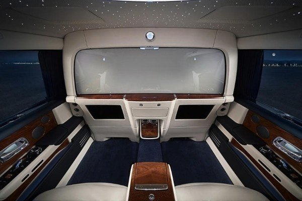 Rolls-Royce-Phantom-VII-VIII-11