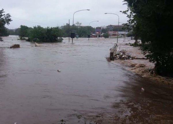 Centurion-South-Africa-Mercedes-Benz-C-Class-Flood