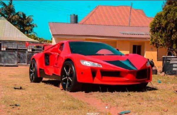 Carbon-Fibre-Sports-Car