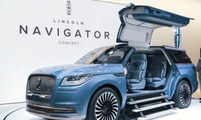 Lincoln-Navigator-Concept-Gull-wing-Doors