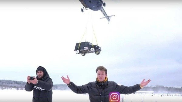 Russian-blogger-Mercedes-amg-G63-helicopter