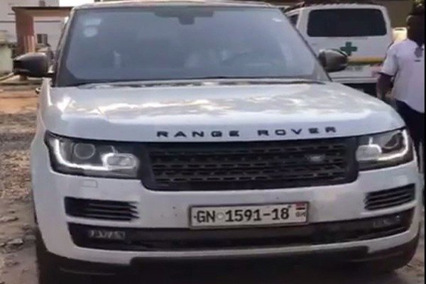 Church Members Arrases Pastor After Buying A Range Rover-AutoJosh