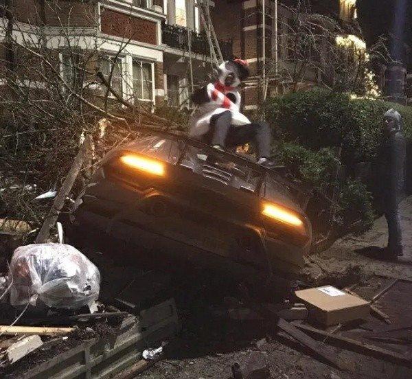 Premier League Star, Dressed As Snowman, Crashes His ₦100m Lamborghini On Xmas Day 4