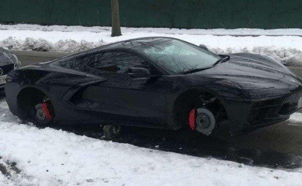 2020-chevrolet-corvette-C8-wheels-tyres-stolen