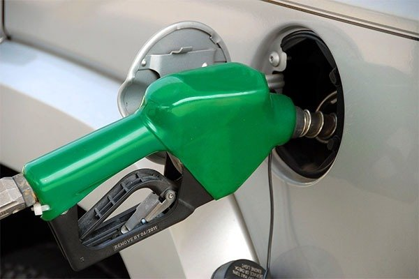 Breaking News: Federal Government Increase fuel Price To ₦212.61 per-liter