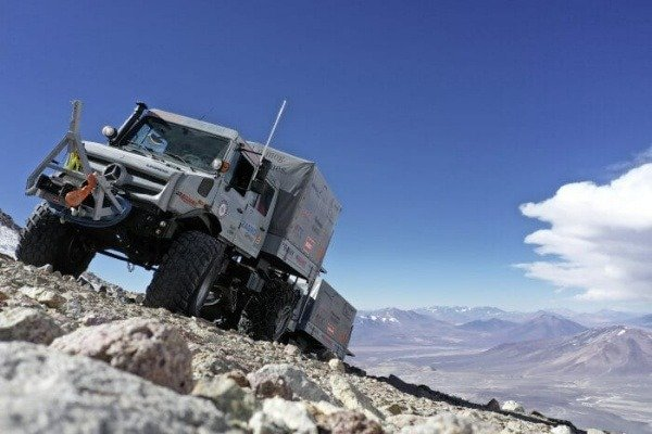 mercedes-unimog-u-5023-trucks-world-altitude-record-autojosh
