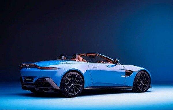 2021-aston-martin-roadster